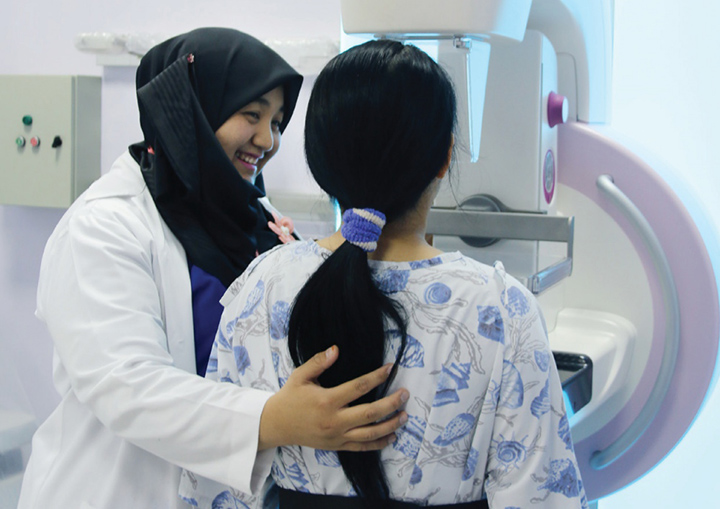 Dawn of Breast Cancer Awareness Month as Jerudong Park Medical Centre Encourages Women to Opt For Breast Screening