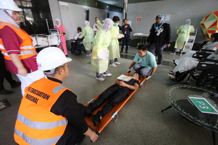 Jerudong Park Medical Centre Conducted Mass Fire Drill to Emphasize Fire Safety and Emergency Preparedness