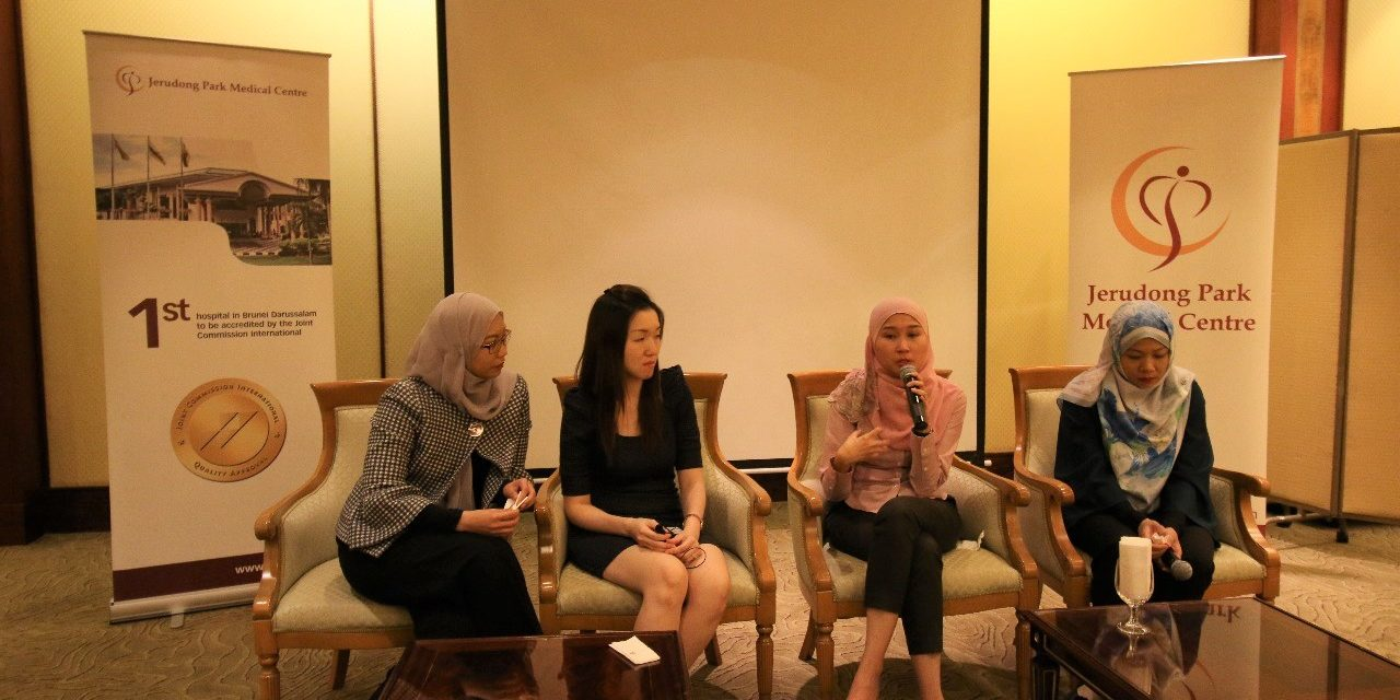 Panel Discussion Dr Siti Khadijah with the Patients